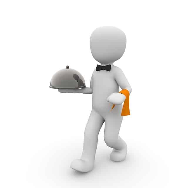 קייטרינג עם מלצרים או אוכל מוכן